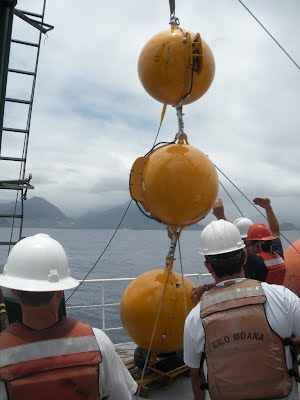 Deployment of the HOT Profiling Mooring, Hawaii